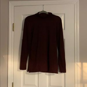 Maroon turtleneck shirt